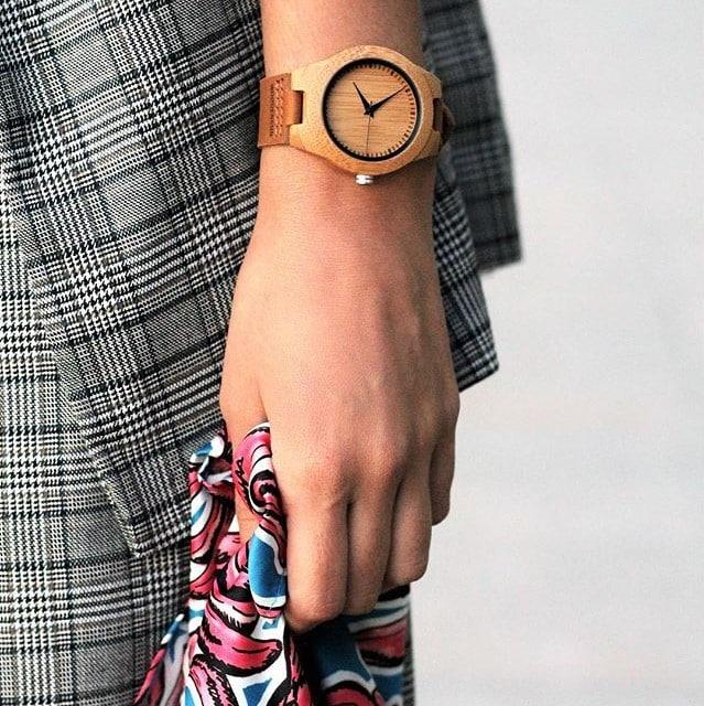 Reloj de pulsera de madera de olivo modelo Deva