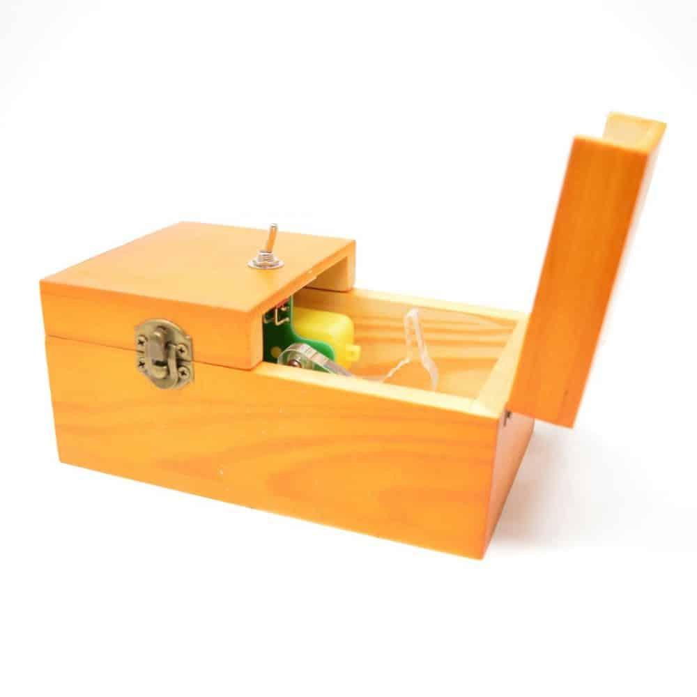 La caja inútil