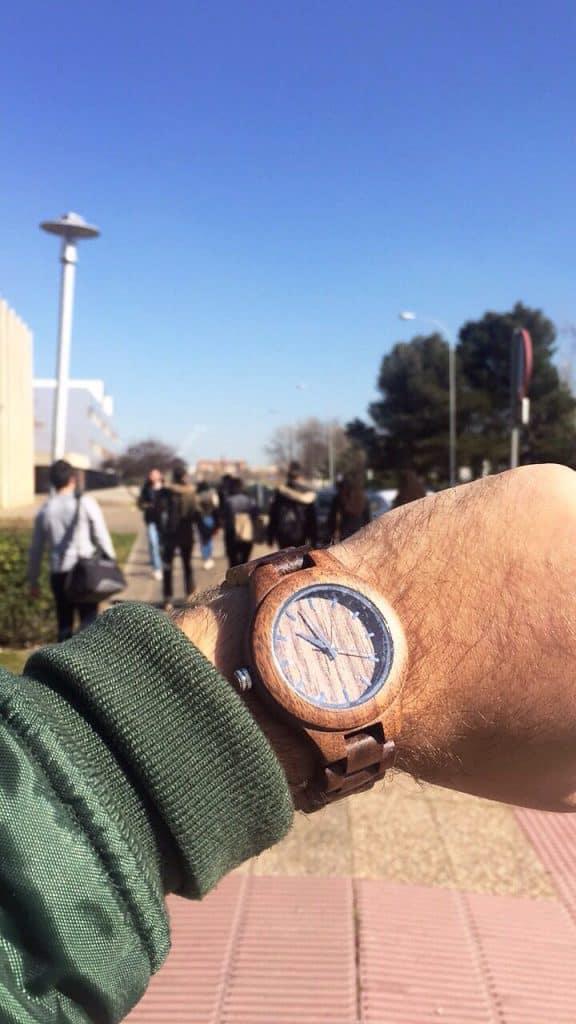 reloj de madera Komorebi