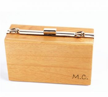 Clutch madera personalizado iniciales