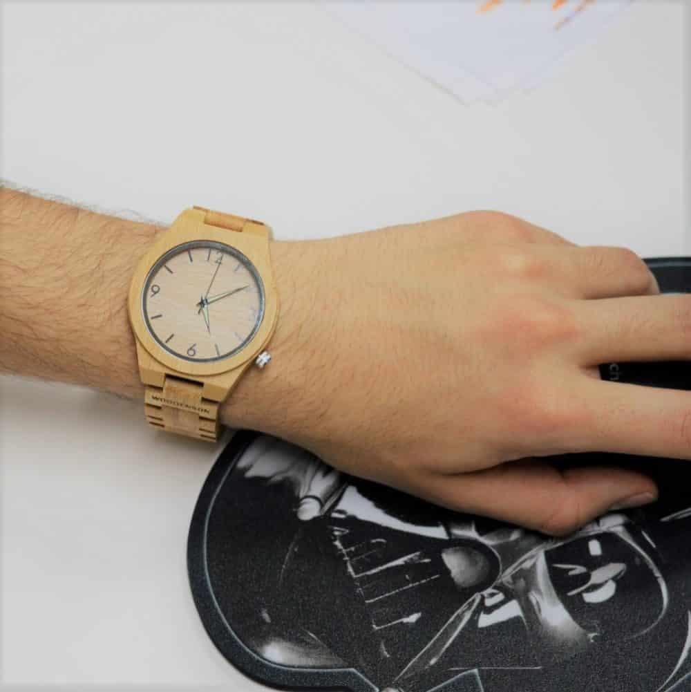 Reloj de madera de bambú con eslabones modelo Elke