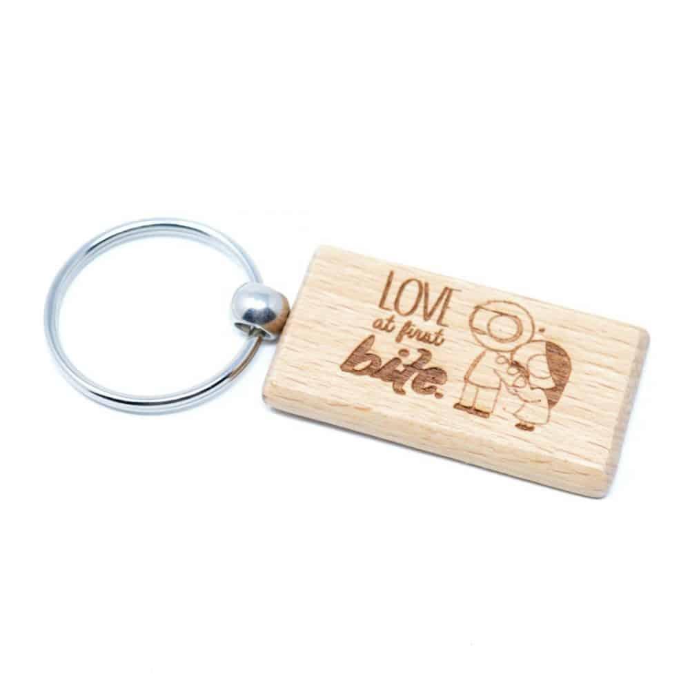 Llavero de madera personalizado