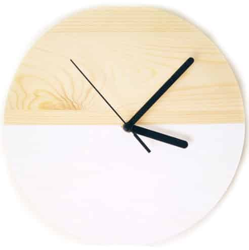 Reloj de pared de madera natural modelo Hanbun