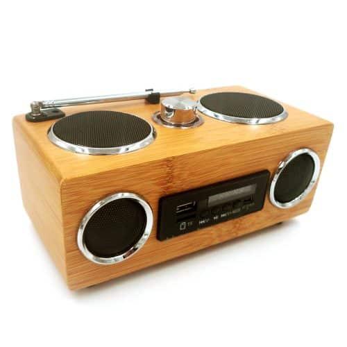 Altavoz de madera de bambú con radio