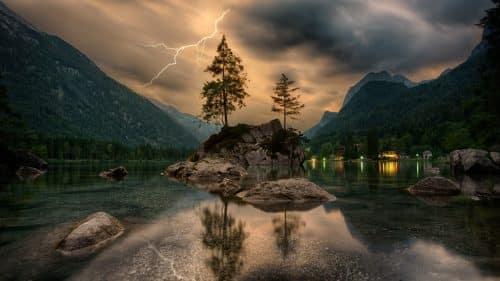 por que la madera no conduce la electricidad