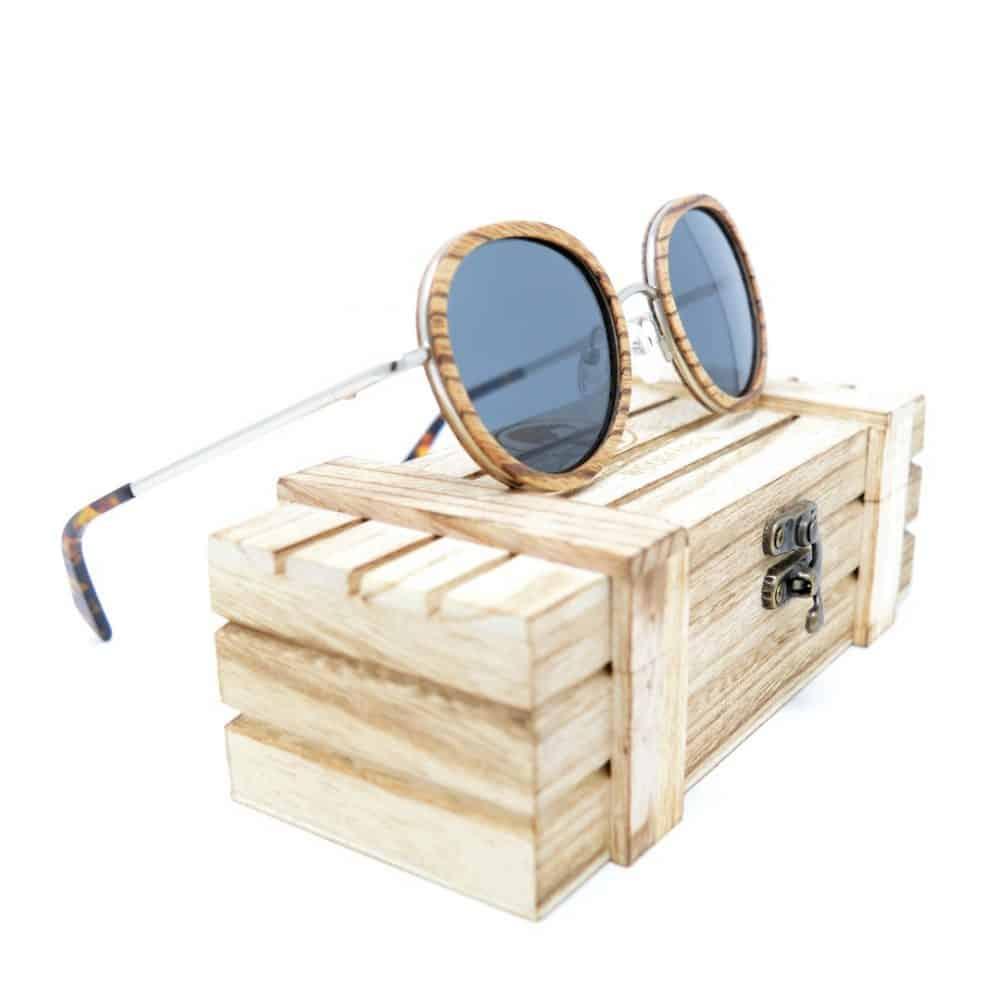Gafas de sol de madera y metal modelo Hynata
