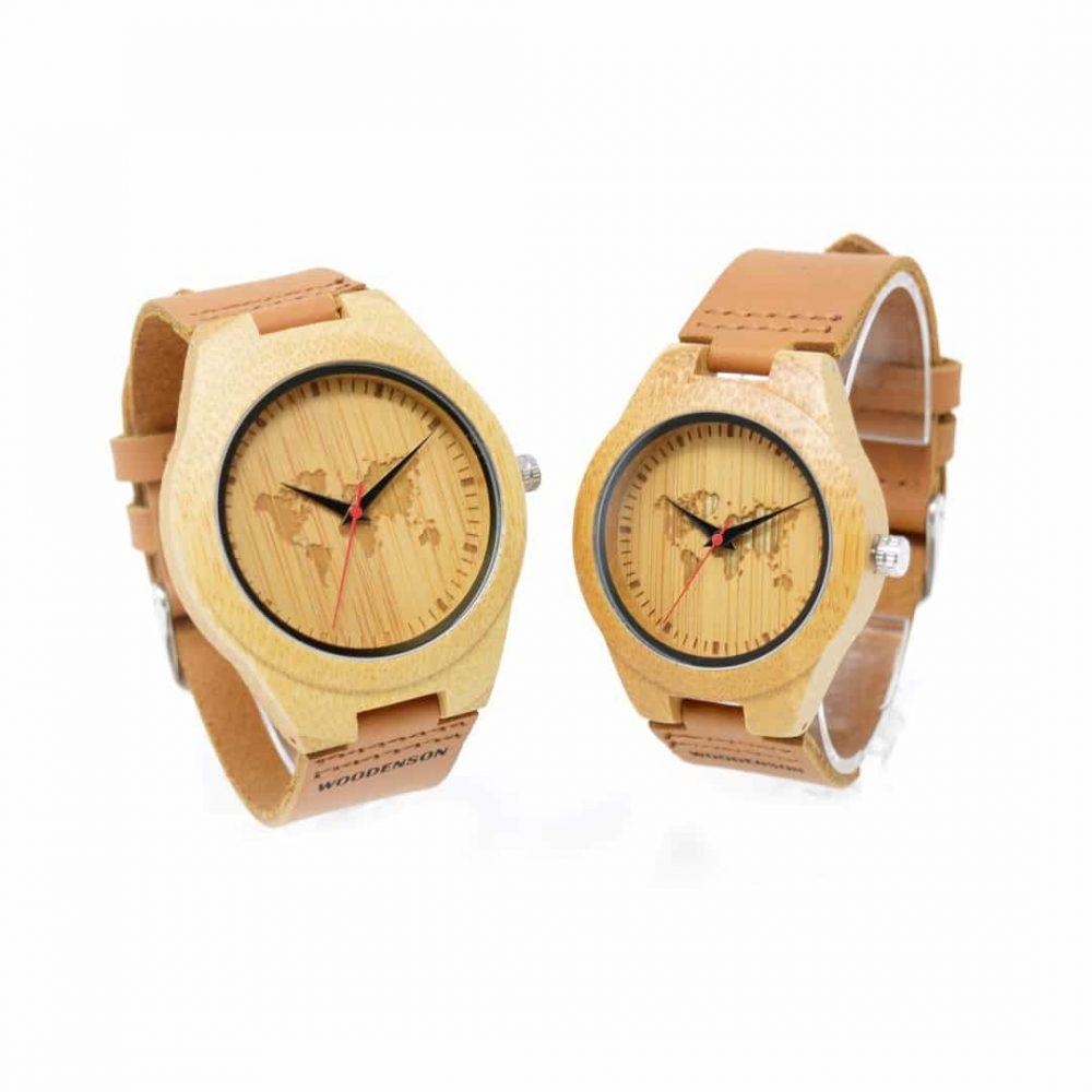 reloj de madera mapamundi pareja