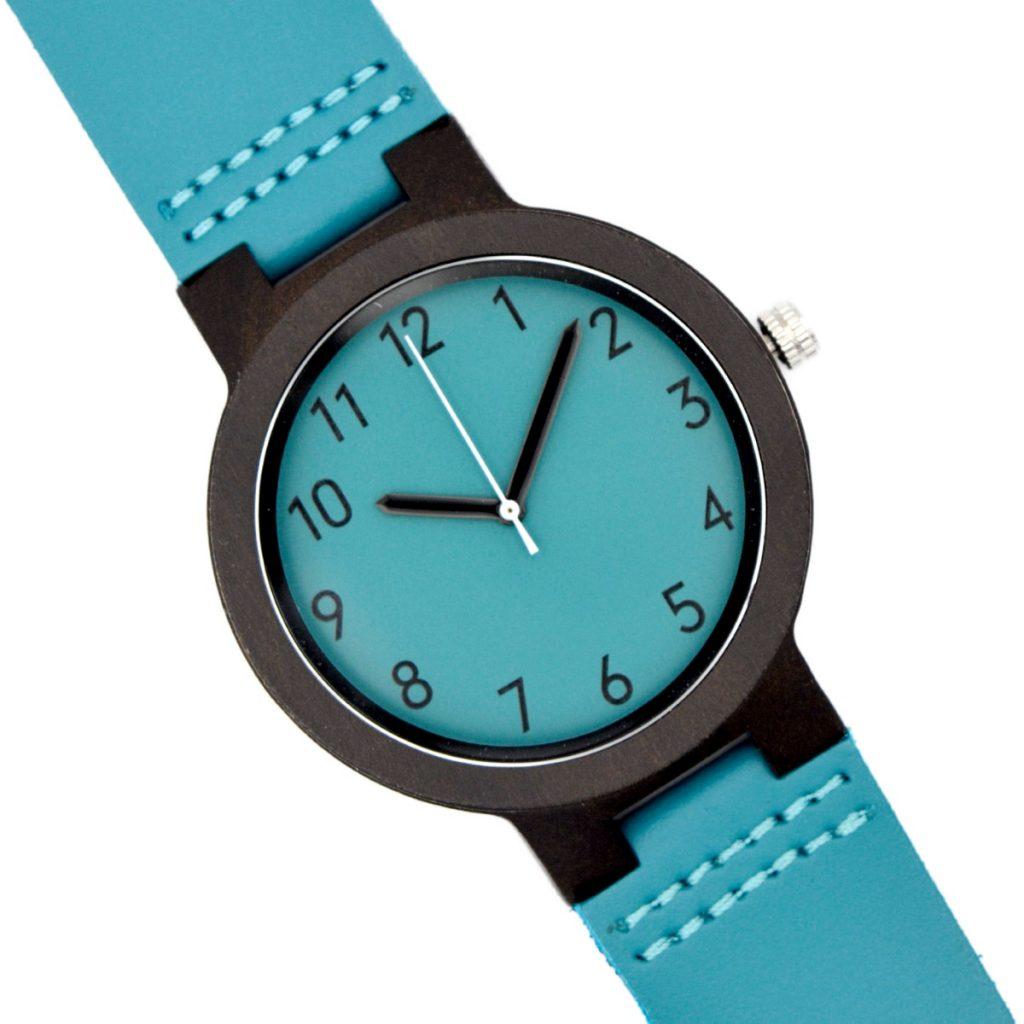Reloj de Madera Blackbird